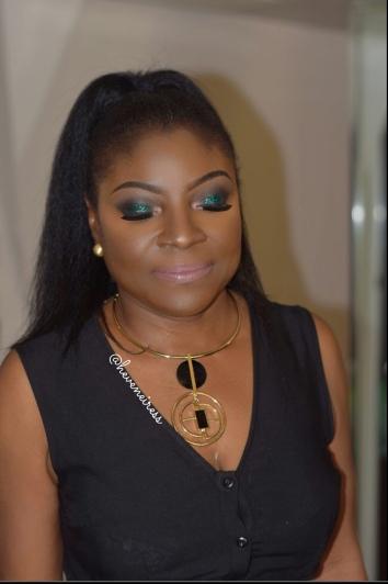heveneiress london - makeup artist - black makeup artists in london - best highlighter - makeup for dark skin - bridal makeup artists in london - asian makeup artist in london - asoebi makeup- best asian makeup artists in london - black makeup artists