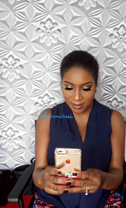 heveneiress-london-makeup-artist-black-makeup-artists-in-london-best-highlighter-makeup-for-dark-skin-bridal-makeup-artists-in-london-asian-makeup-artist-in-london-asoebi-makeup-bella